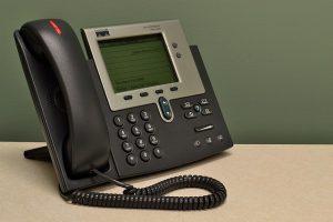 אילו פונקציות מרכזיות טלפון יכולות לספק לנו?